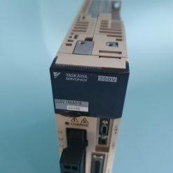 YASKAWA SGDV-1R6A01B002000 SERVO DRIVE