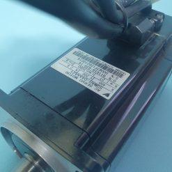 YASKAWA SGMAH-04AAA21 AC SERVO MOTOR 400W