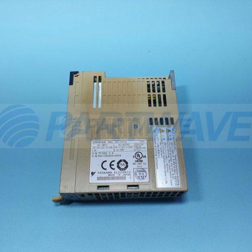 YASKAWA SGDS-02A12A AC SERVO DRIVE 200-230VAC 200W 2.1A